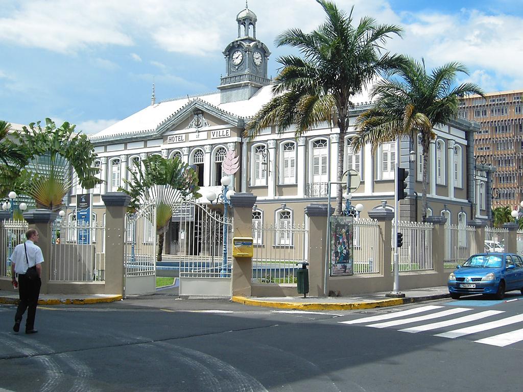 Martinique - Lycee schoelcher fort de france ...